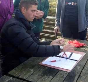 Joe Stockwell (assistant warden) does some alfresco ringing